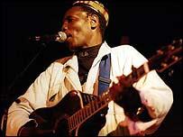 Zimbabwean star Oliver Mtukudzi