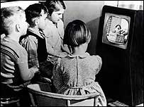 Children watching TV in the 1950s