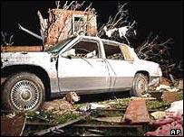 Destruction left after tornadoes hit Battlefield, Missouri, in America's Mid-West
