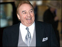 Gerry Marsden arriving at the palace