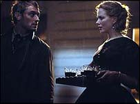 Jude Law and Nicole Kidman in Cold Mountain