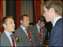 Jonny Wilkinson chats to Prince William at Buckingham Palace