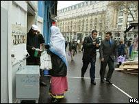 Afueras de una Mesquita de París
