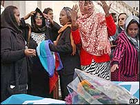 Somali women mourning