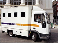 A Securicor prison van