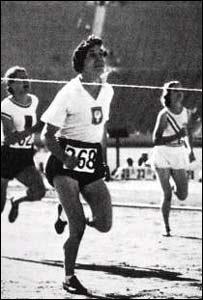 Stanislawa Walasiewicz (centro) en las Olimpiadas de 1932.