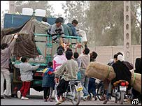 Aid distribution in the Baravat district of Bam