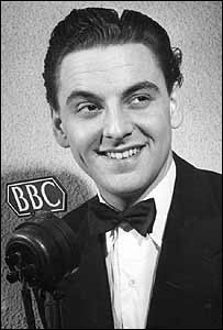 http://newsimg.bbc.co.uk/media/images/39681000/jpg/_39681761_monkhouse1_203.jpg