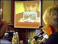 Литвиненко участвовал в общественных слушаниях по взрывам в Москве