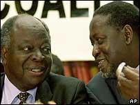 President Mwai Kibaki (l) and Raila Odinga (r)