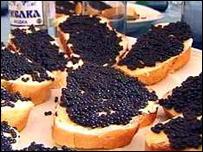 Бутерброды с черной икрой
