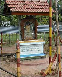 Memorial for Tamil Tiger fighter