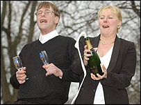 Lottery on Uk   England   North Yorkshire   Lottery Winners Still Pulling Pints