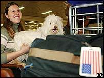 Heather Ekas, estadounidense, fue una de las primeras en ser registrada en el aeropuerto Cumbica de  San Pablo.