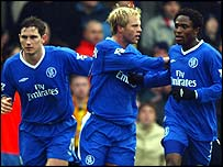 Chelsea striker Eidur Gudjohnsen celebrates his goal