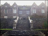 Llanfihangel Court