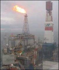 Нефтяная выша на Сахалине