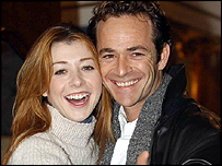 Alyson Hannigan and Luke Perry