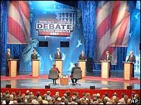 Candidatos del Partido Demócrata durante un debate