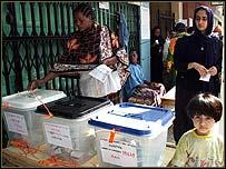 Voting in Dar es Salaam