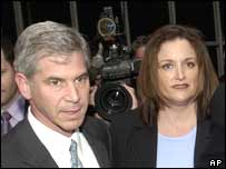 Former Enron finance chief Andrew Fastow with wife Lea Fastow