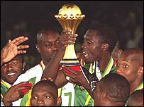 Cameroon celebrate their 2002 cup success
