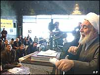 Reformist politician Hossein Ansare Rad gives a speech to occupants of parliament