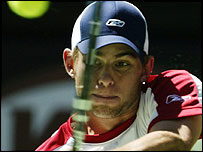 Andy Roddick plays a backhand in his win over Fernando Gonzalez