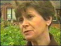 Dr Lynne Jones