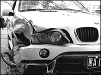 The smashed BMW (Xinhua)