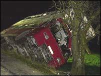 Bus crash at Ystradowen