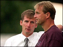 Paul Goddard with former Hammers boss Glenn Roeder
