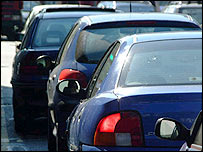 Traffic congestion (pic courtesy of Freefoto.com)