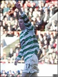 Stephen Pearson celebrates his first goal for Celtic