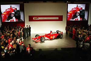 Journalists flock to the launch of the F2004