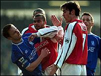 Dennis Wise and Robert Pires clash at Highbury