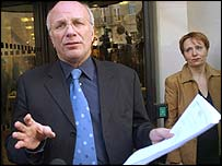 Greg Dyke, ex-director geral da BBC. Demitiu-se!