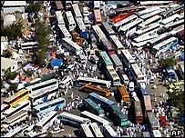 Traffic jam in Arafat, near Mecca