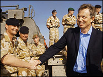 Tony Blair meets troops in Iraq