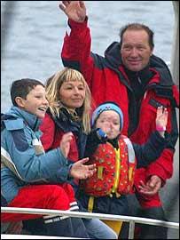 Francis Joyon and his family