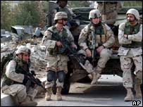 US troops near the Iraqi town of Fallujah