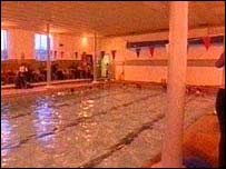 Bbc news uk england north yorkshire trust lifeline hope for town pool for Starbeck swimming pool opening
