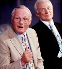 Neil Armstrong (l) and Buzz Aldrin in 1999