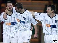 Noel Hunt (left) celebrates after opening the scoring