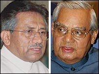 Pervez Musharraf (L) and Atal Behari Vajpayee
