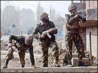 Indian troops in Kashmir