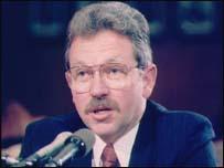 David Kay, jefe investigador de armas de destrucción masiva en Irak
