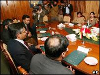 Indian & Pakistani officials begin historic talks in Islamabad