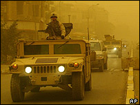 US convoy in Baghdad during sandstorm