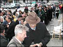 Couples queuing outside City Hall in San Francisco